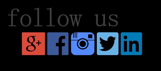 následovat facebook