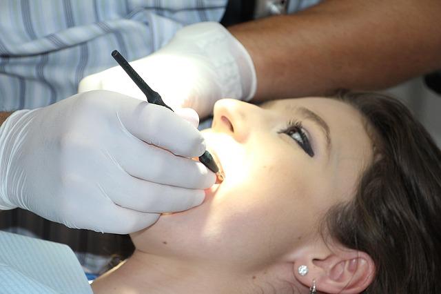 zubní opravy